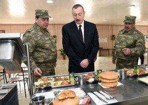 Ali Baş Komandan cəbhədəki hərbi hissədə