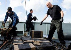 Latın Amerikası sahillərində 9 tondan çox kokain aşkar edilib