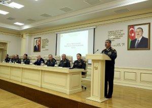 Zakir Həsənov Ordu komandirlərinə tapşırıqlar verdi