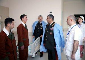 Zakir Həsənov hərbi tibb müəssisələrində