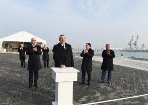 Prezident terminalın açılışını etdi