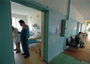 Klinik Xəstəxana: Metroda intihara cəhd edən kişi reanimasiyada dünyasını dəyişdi
