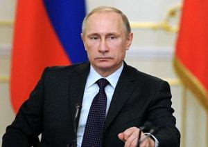 Putin: Kommunizm xristianlığa bənzəyirdi