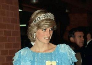 Şahzadə Diananın indiyədək görmədiyiniz fotoları