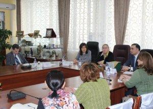 Beynəlxalq Türk Mədəniyyəti və İrsi Fondunun prezidenti Qazaxıstan Milli Akademik Kitabxanasında olub