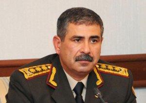 Azərbaycanın müdafiə naziri Minskə yola düşüb