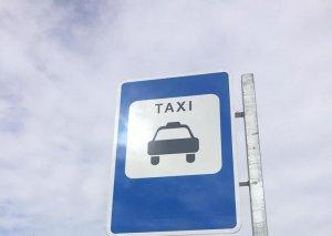 Paytaxtda daha 55 ünvanda taksi dayanacağı yaradılıb