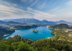 Alp dağlarının ətəyində qeyri-adi ada