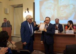 İstanbulda Xalq Yazıçısı Anarın 80 illik yubileyi qeyd olunub