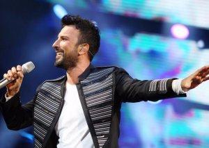 Tarkan 8 konsertdən 6 milyon qazandı