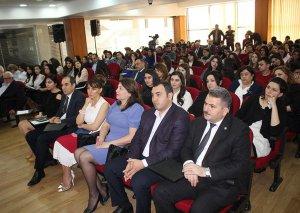 Azərbaycan Universitetində AXC-nin 100 illiyinə həsr olunmuş konfrans keçirilib