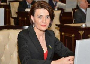 Deputat Sona Əliyeva ailəsinin ittihamlarına cavab verdi