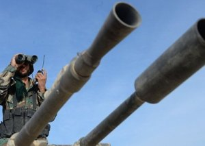 Suriyanın havadan müdafiə sistemləri tərəfindən Hüms ətrafında 9 raket vurulub