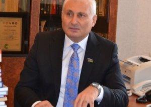 """Hikmət Babaoğlu: """"Sarkisyanın qovulması hərbi-xunta rejiminin həyata keçirdiyi siyasətin məntiqi sonluğu idi"""""""