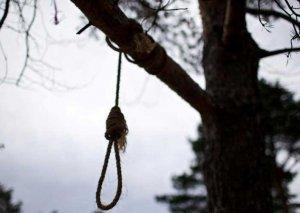 62 yaşlı kişi intihar etdi -