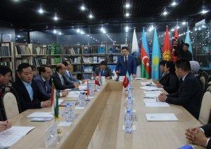 Astanada türk xalqlarının muzey əşyalarının istifadə və qorunmasına dair toplantı keçirilib
