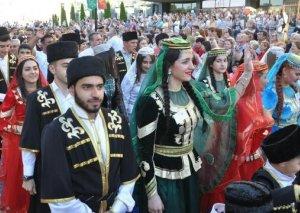 """Azərbaycan Belarusda 12-ci """"Milli Mədəniyyətlər"""" festivalında təmsil olunub"""