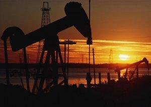 Səudiyyə Ərəbistanı neft hasilatını artırdı
