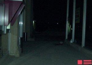Bakıda qətl: Bankomatdan pul çıxardan gənc öldürüldü
