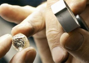 Ölkənin qızıl-gümüş bazarında QİYMƏTLƏR düşür