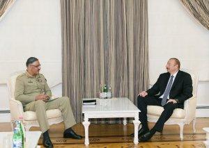 Prezident İlham Əliyev Pakistanın Birləşmiş Qərargah Rəisləri Komitəsinin sədrini qəbul edib