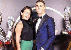 Sevgilisi Ronaldo ilə intim fotosunu yaydı