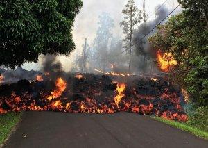Havayda vulkan püskürməsi nəticəsində 23 nəfər xəsarət alıb