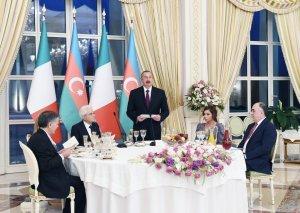 Prezident İlham Əliyev tərəfindən İtaliya Prezidenti Sercio Mattarellanın şərəfinə rəsmi qəbul təşkil olunub