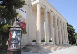 Sumqayıt teatrı mövsümü başa vurub