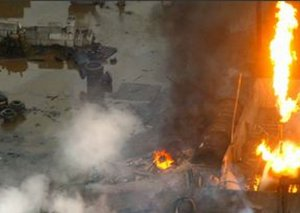 Hindistanda qaz balonu partladı, binanı dağıtdı - 4 ölü, 12 yaralı
