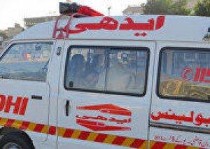 Pakistanda məktəbliləri aparan avtobus yük maşını ilə toqquşdu