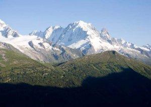 İtaliyalı üç alpinist Monblan dağına çıxan zaman itkin düşüb
