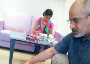 Omanlı turist: Ölkəmizə qayıtdıqdan sonra Azərbaycan xalçalarını təbliğ edəcəyik