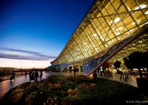 Heydər Əliyev Beynəlxalq Aeroportu ilk yeddi ay ərzində 2,5 milyon sərnişinə xidmət göstərib