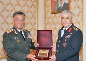Ramil Usubov türkiyəli ordu generalı Arif Çetinlə görüşüb